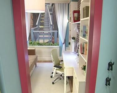 Кабинет с лестницей для Аси