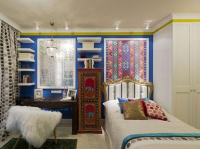 Комната с синим слоном