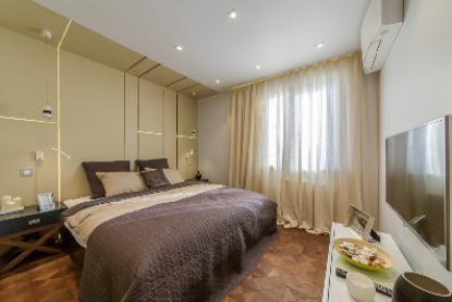 Спальня с душем в кубе